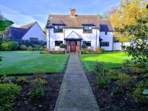 Woodham Lawn